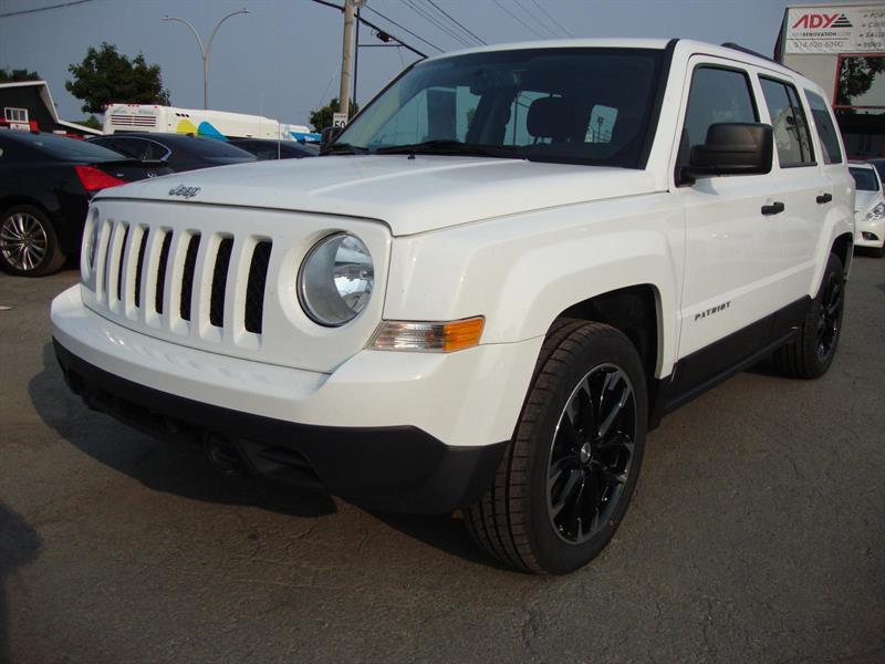 Jeep Patriot SPORT FWD 2016 #M033