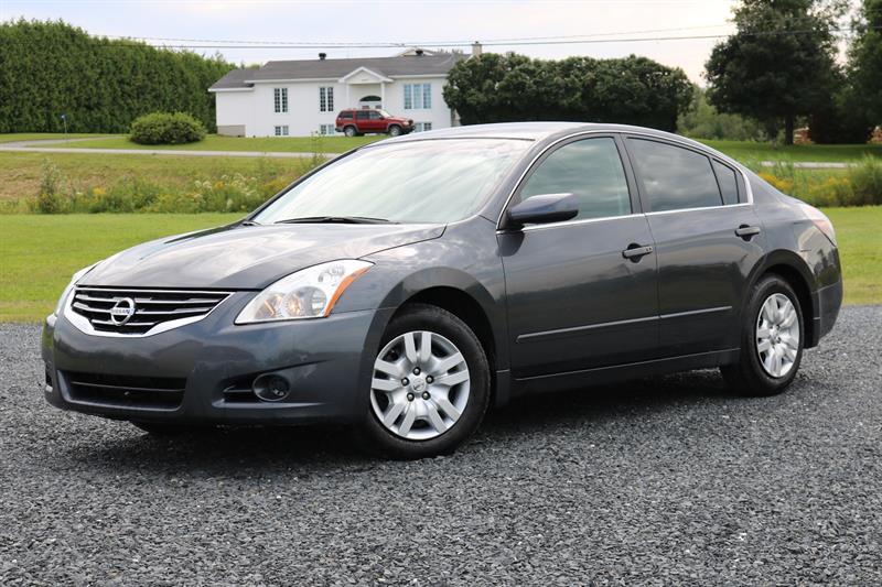 Nissan Altima 2012 2.5 S Sedan CVT
