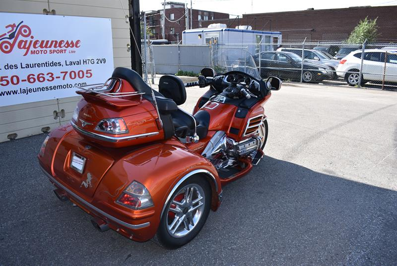 3 roues honda gl1800 trike goldwing trike 2003 occasion vendre laval chez lajeunesse moto. Black Bedroom Furniture Sets. Home Design Ideas