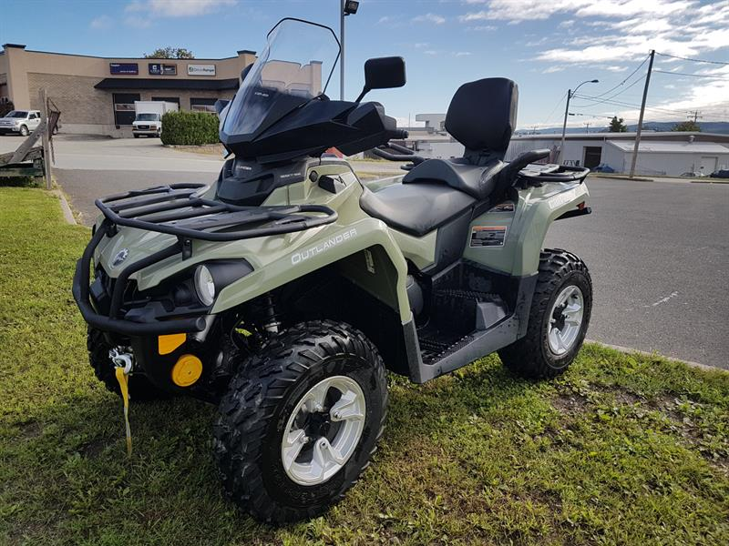 BOMBARDIER CAN-AM OUTLANDER MAX 570 DPS 2017