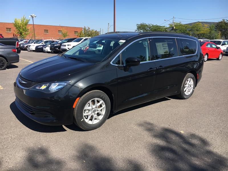 Chrysler Pacifica 2017 LX+MAGS+WOW! #C17506