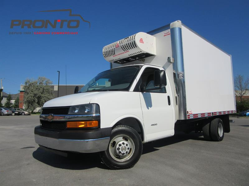 Chevrolet Express Commercial Cutaway 2015 4500 Cube 14 pieds ** Reefer ** Isolé ** #3727