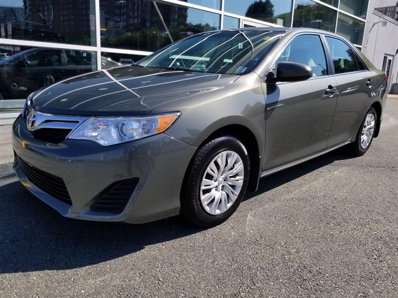 2014 Toyota Camry LE #83302A