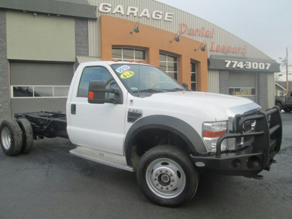 Ford super duty f 550 drw v10 f 550 roue double 4x4 2010 for Garage ford ploermel occasion