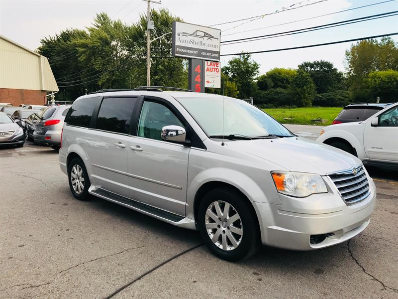 Chrysler Town - Country 2010 47$* par semaine/Financement #94898-2
