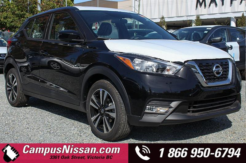2018 Nissan Kicks SV #8-K679