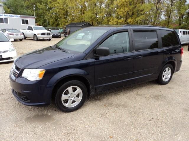 2012 Dodge Grand Caravan Stow N Go rear heat SXT package local van