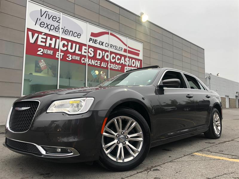 Chrysler 300 2017 4dr Sdn Touring +CUIR+TOIT PÂNO+MAGS+WOW! #UD4910