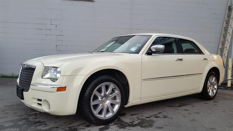 2010 Chrysler 300 Limited #18BJ8246A