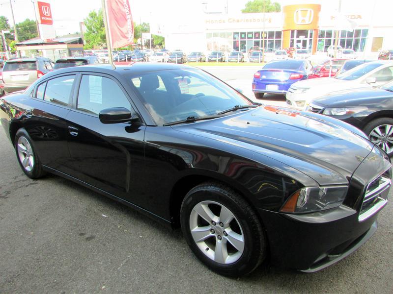 Dodge Charger 2011 SE #18068B