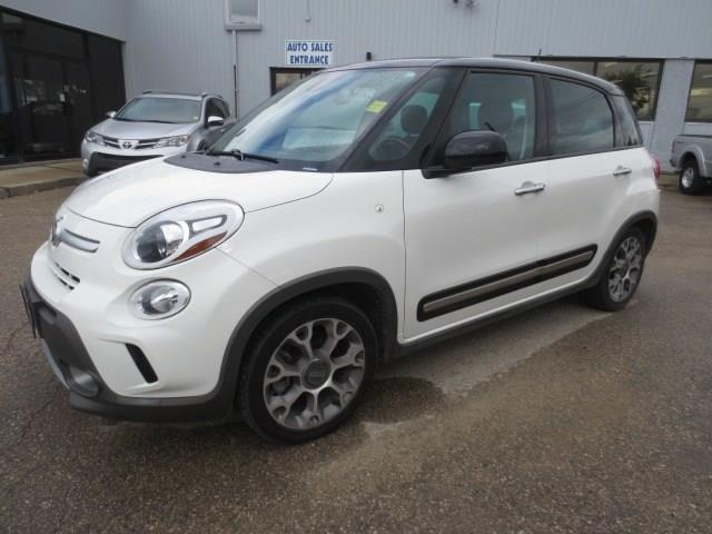 2014 Fiat 500L Trekking - AUTO/SUNROOF/BLUETOOTH #3655B