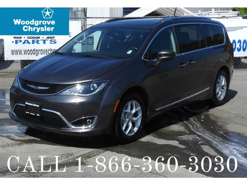 2017 Chrysler Pacifica 4dr Wgn Touring-L Plus #U3056