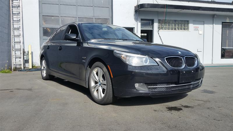 2010 BMW 5 Series 4dr Sdn 528i xDrive AWD #BJ7909A