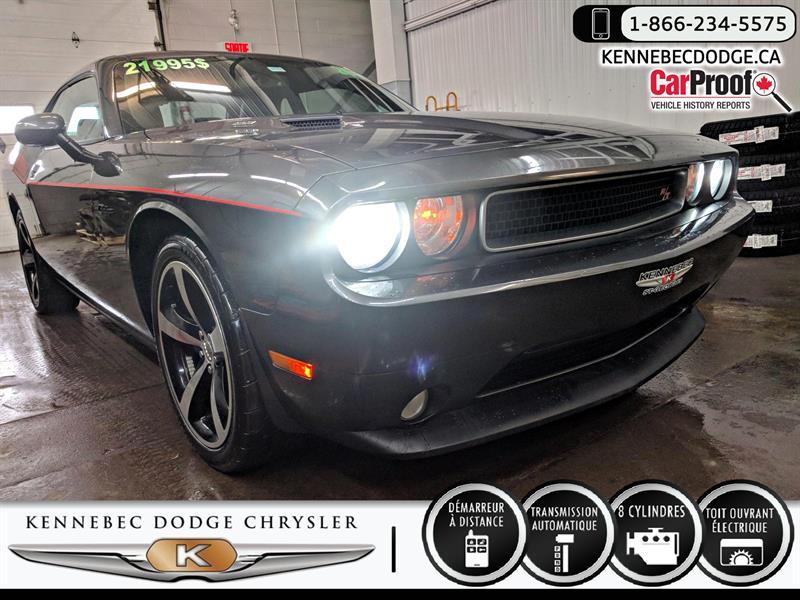 Dodge Challenger 2014 R-T Classic (V8 5.7L 375CH,AUTO,CUIR/SUÈDE,20'')   #04017A