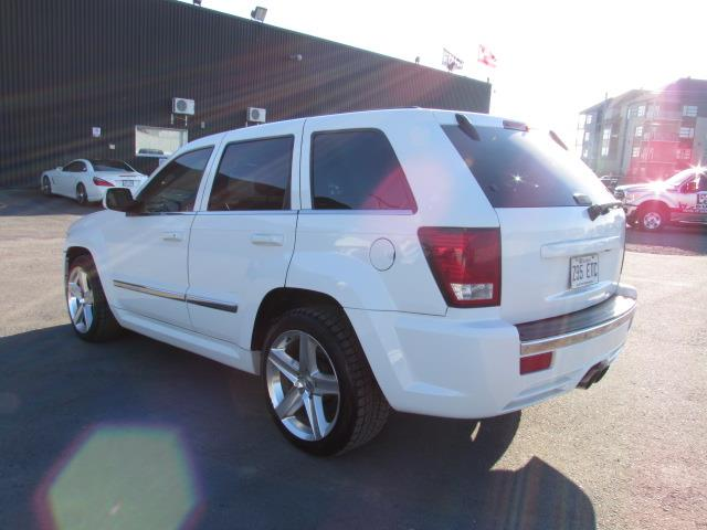 jeep grand cherokee 4wd srt8 425hp 2007 occasion vendre. Black Bedroom Furniture Sets. Home Design Ideas