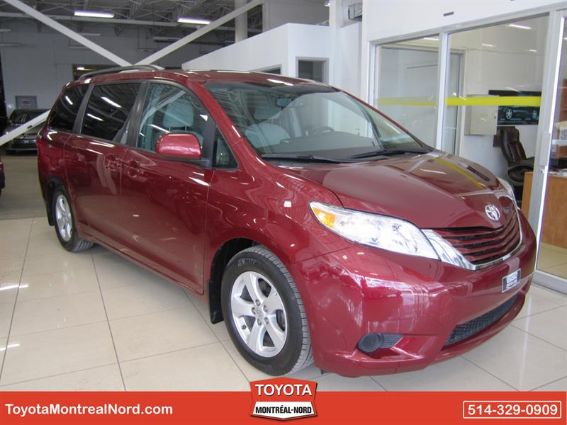 Toyota Sienna 2015 LE V6 8-Pass FWD #3379 AT