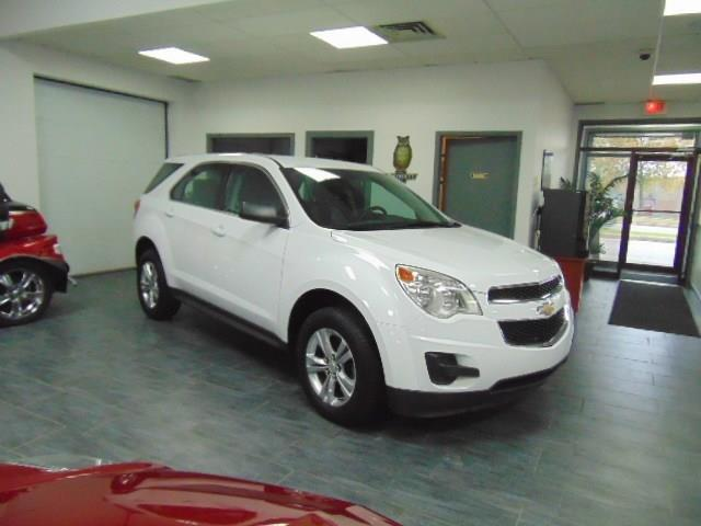Chevrolet Equinox 2011 LS #B6211683