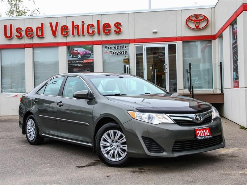 2014 Toyota Camry LE   R.Cam   Keyless   B.Tooth #P7554