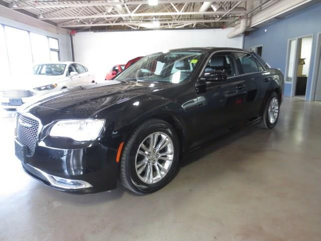 2015 Chrysler 300 Touring - PANO SUNROOF/LTHR/CAMERA #3819