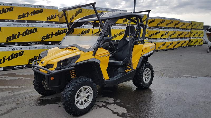 BOMBARDIER CAN-AM COMMANDER 1000 XT 2012