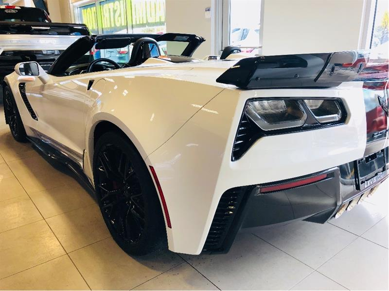 chevrolet corvette z06 3lz z06 650 hp freins en ceramique sequentiel 2018 occasion vendre. Black Bedroom Furniture Sets. Home Design Ideas