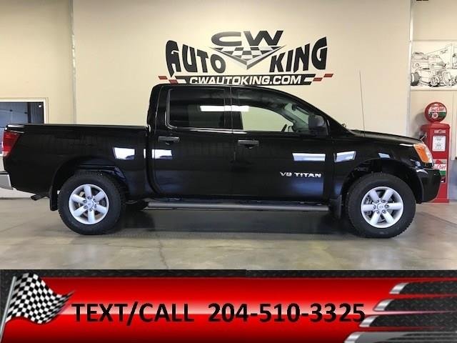 2011 Nissan Titan Low Kms / 4x4 / Crew Cab / Financing Available #20042302