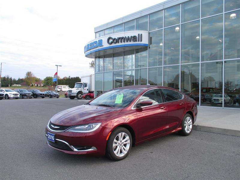 2016 Chrysler 200 4dr Sdn Limited FWD #18-317A