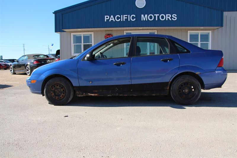 2005 Ford FOCUS ZX4 S #P8824