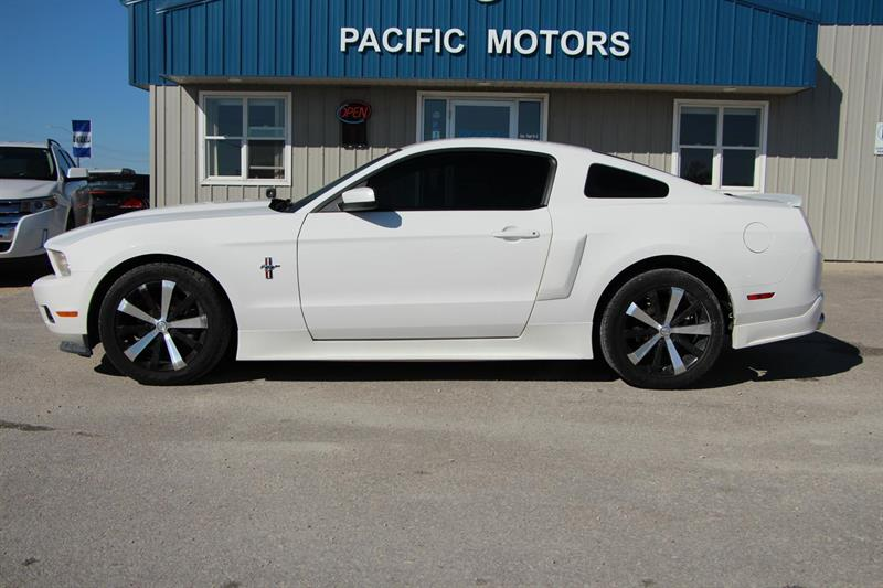 2012 Ford Mustang V6 Coupe #P8898