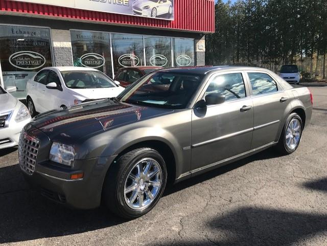 Chrysler 300 2009 ***GARANTIE 1 AN GRATUITE*** #022-4323-TH