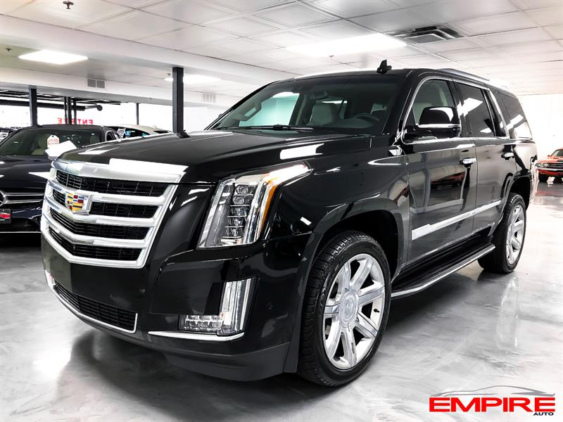 Cadillac Escalade 2018 4WD Luxury #A366032