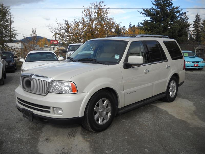 2006 Lincoln Navigator 4dr 4WD Ultimate PACKAGE!
