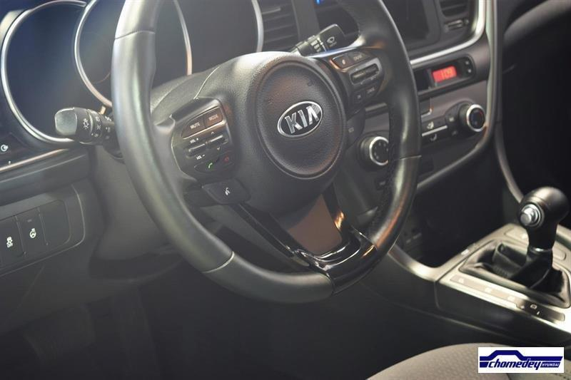 kia optima 2015 v hicule usag vendre cr dit auto. Black Bedroom Furniture Sets. Home Design Ideas
