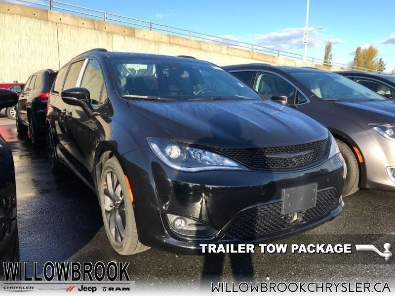 2019 Chrysler Pacifica Limited 2WD #19M1