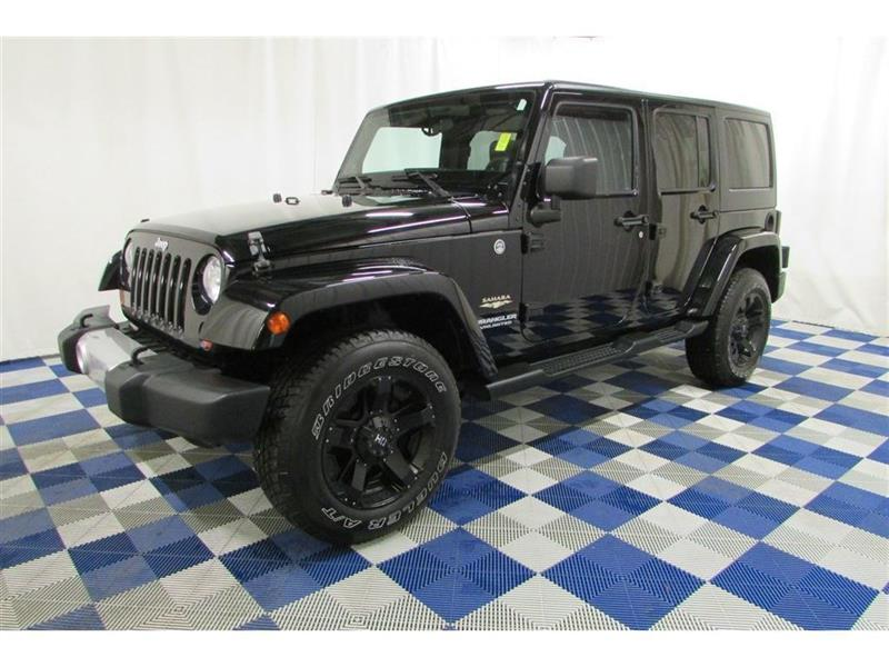 2012 Jeep Wrangler Unlimited Sahara 4X4/ACCIDENT FREE/ XD/HD AFTERMARKET RIMS #12JW35619