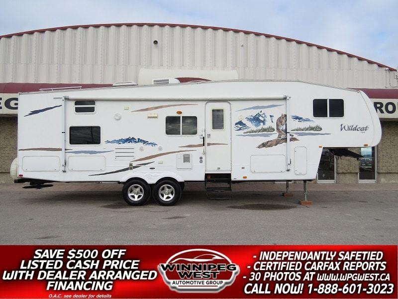 2008 Forest River WILDCAT F31QBH, 33FT BIG SLIDE, BUNK HOUSE,