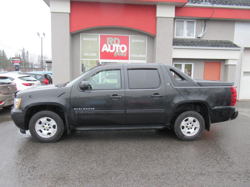 Chevrolet Avalanche 2010 4WD Crew Cab LT #10098