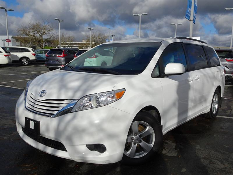 2015 Toyota Sienna LE 7-Pass 6A!  Balance Of Factory Warranty! #B12357