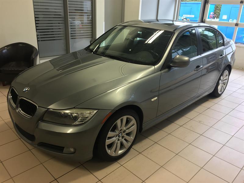 BMW 3 Series 2011 323i  #G305