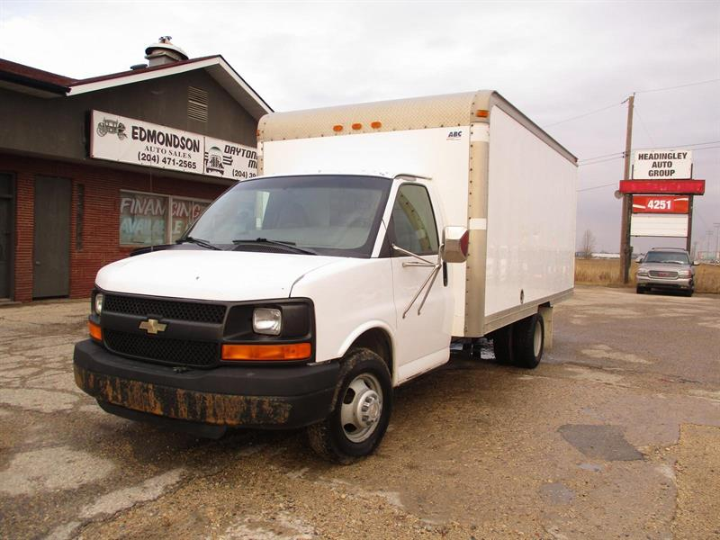 2006 Chevrolet Express Commercial Cutaway None