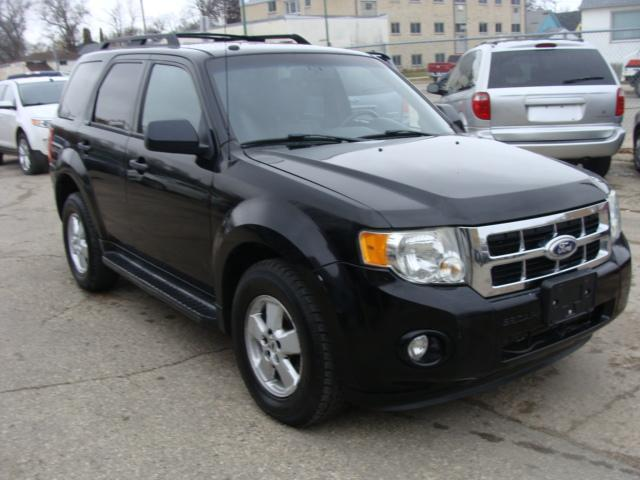 2010 Ford Escape  A.W.D. XLT