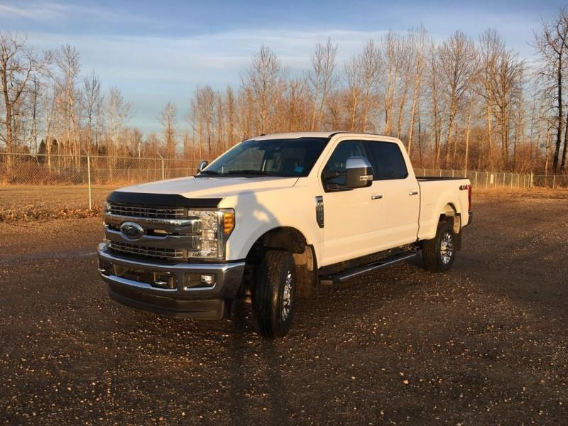 2017 Ford F-350 Super Duty Lariat #FC17419