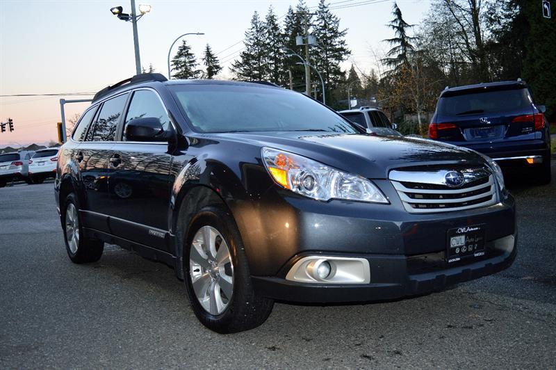 2011 Subaru Outback 5dr Wgn Auto 3.6R w-Limited - Nav Pkg #CWL8839M