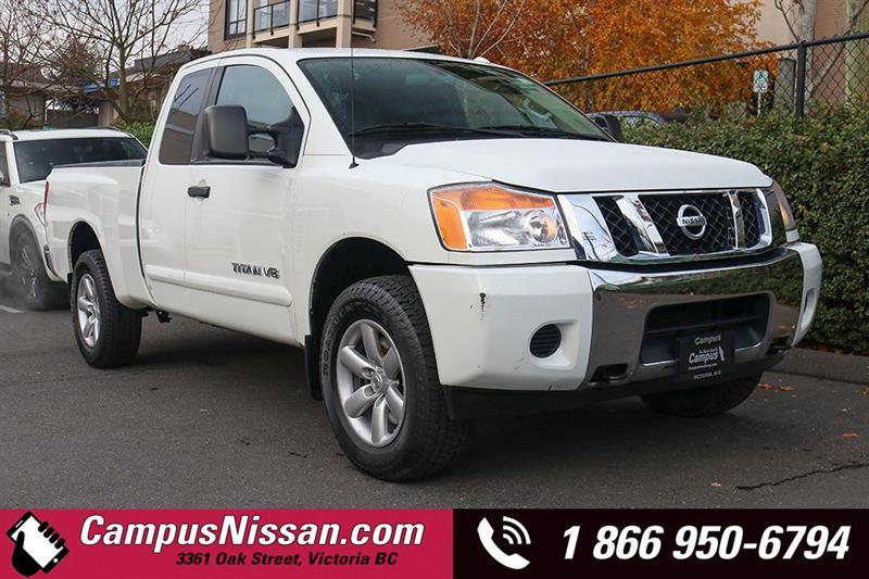 2015 Nissan Titan | SV | King Cab | 4WD w/ Reciever #A7367