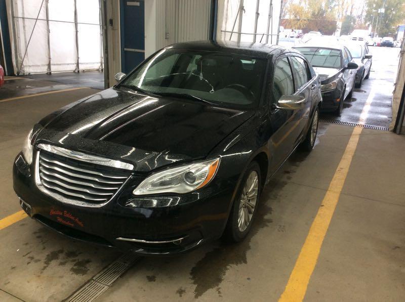 Chrysler 200 2011 200 Limited/*TRÈS PROPRE* FINANCEMENT $49 SEMAINE #2109  CarProof Free