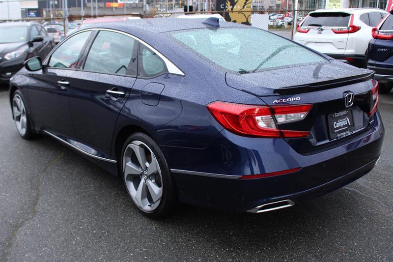 2018 Honda Accord Touring 1 5l Sedan Navigation Bluetooth