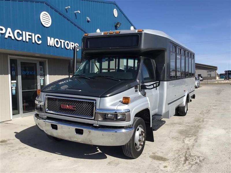 2009 GMC C5V042 Bus 24 passenger #P8753