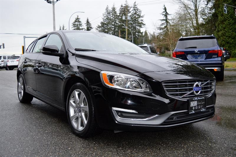 2015 Volvo V60 T5 AWD / LOCAL / NO ACCIDENTS *SALE* #CWL8843M