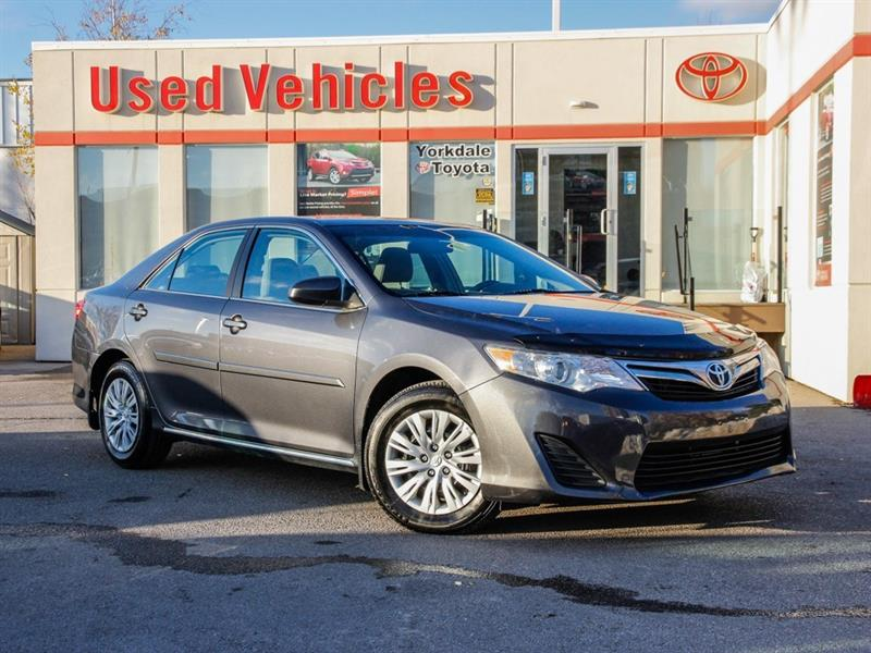 2013 Toyota Camry LE   R.Cam   B.Tooth   Keyless #P7703