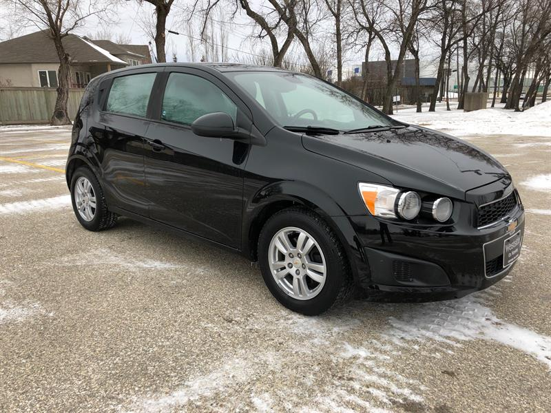 2012 Chevrolet Sonic LS Alloys/Low KM/Great on Gas/Local Trade